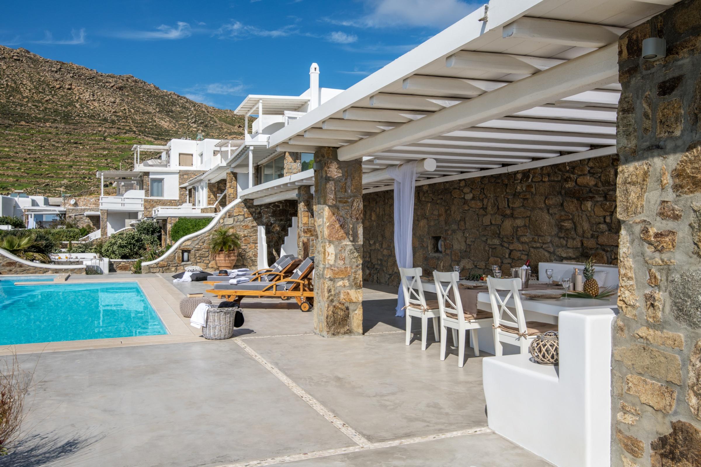 villa cecilia mykonos terrace