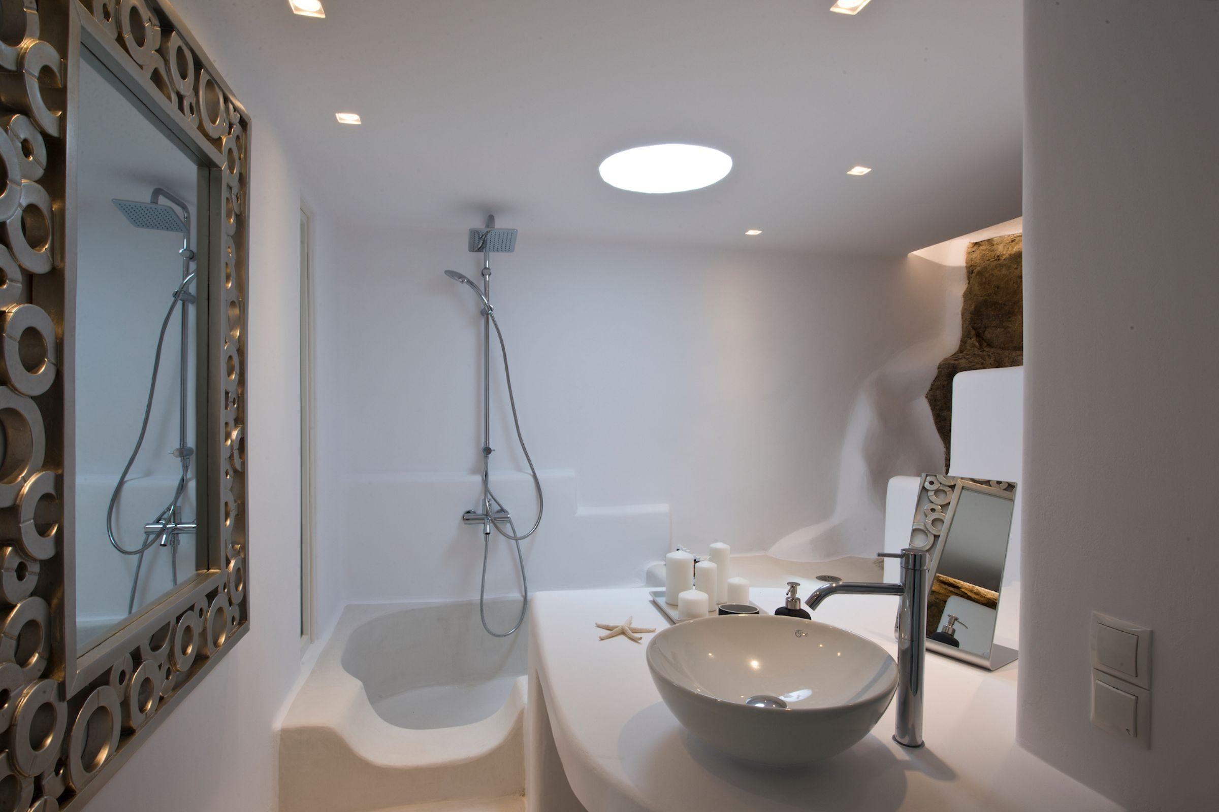 tourlos private estate shower