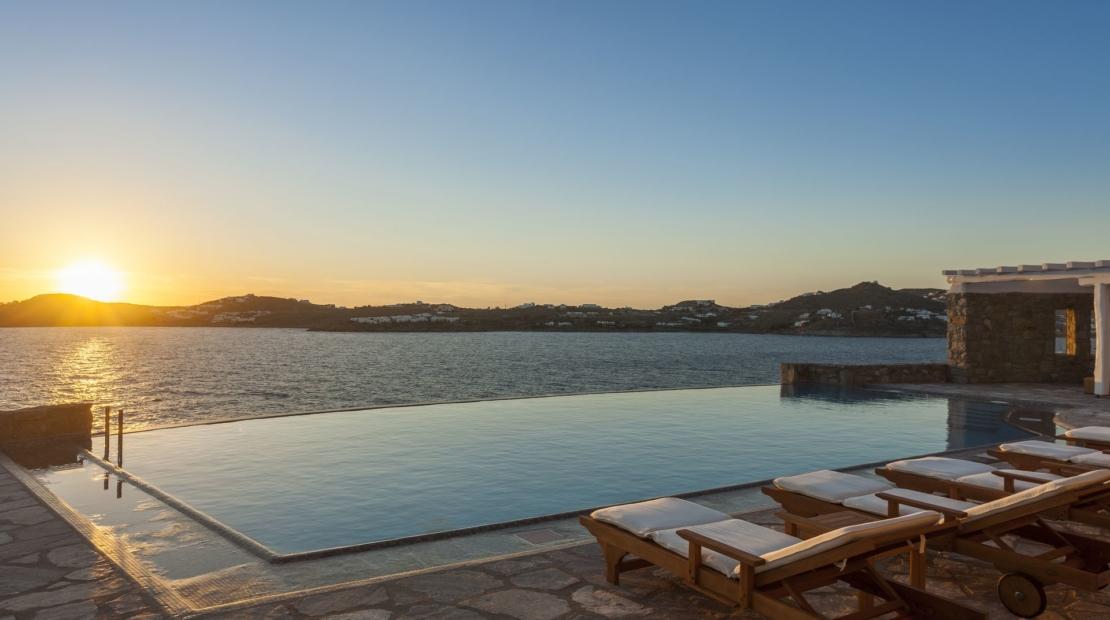 sundown Villa aqua azul Agios Lazaros