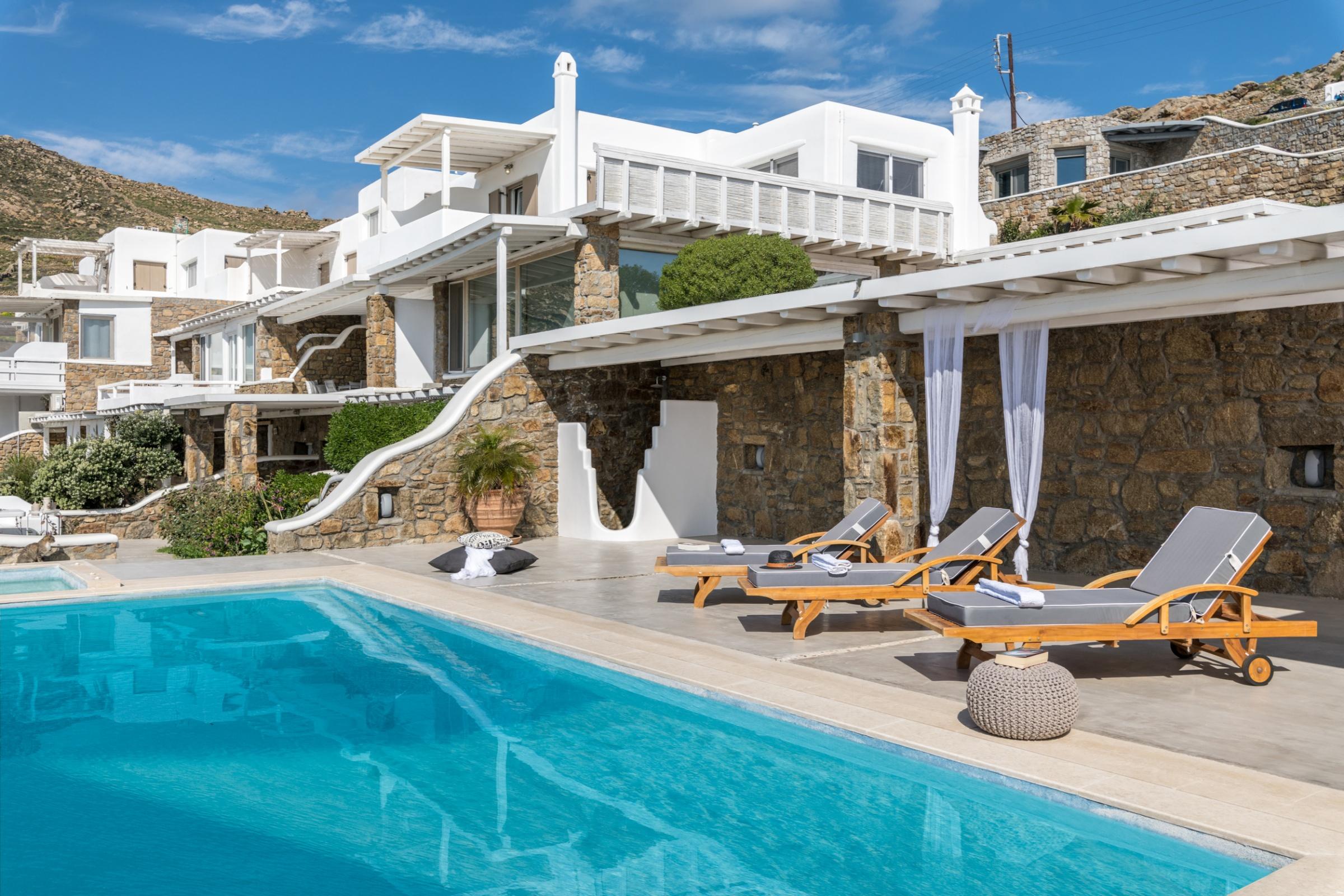 villa cecilia mykonos pool