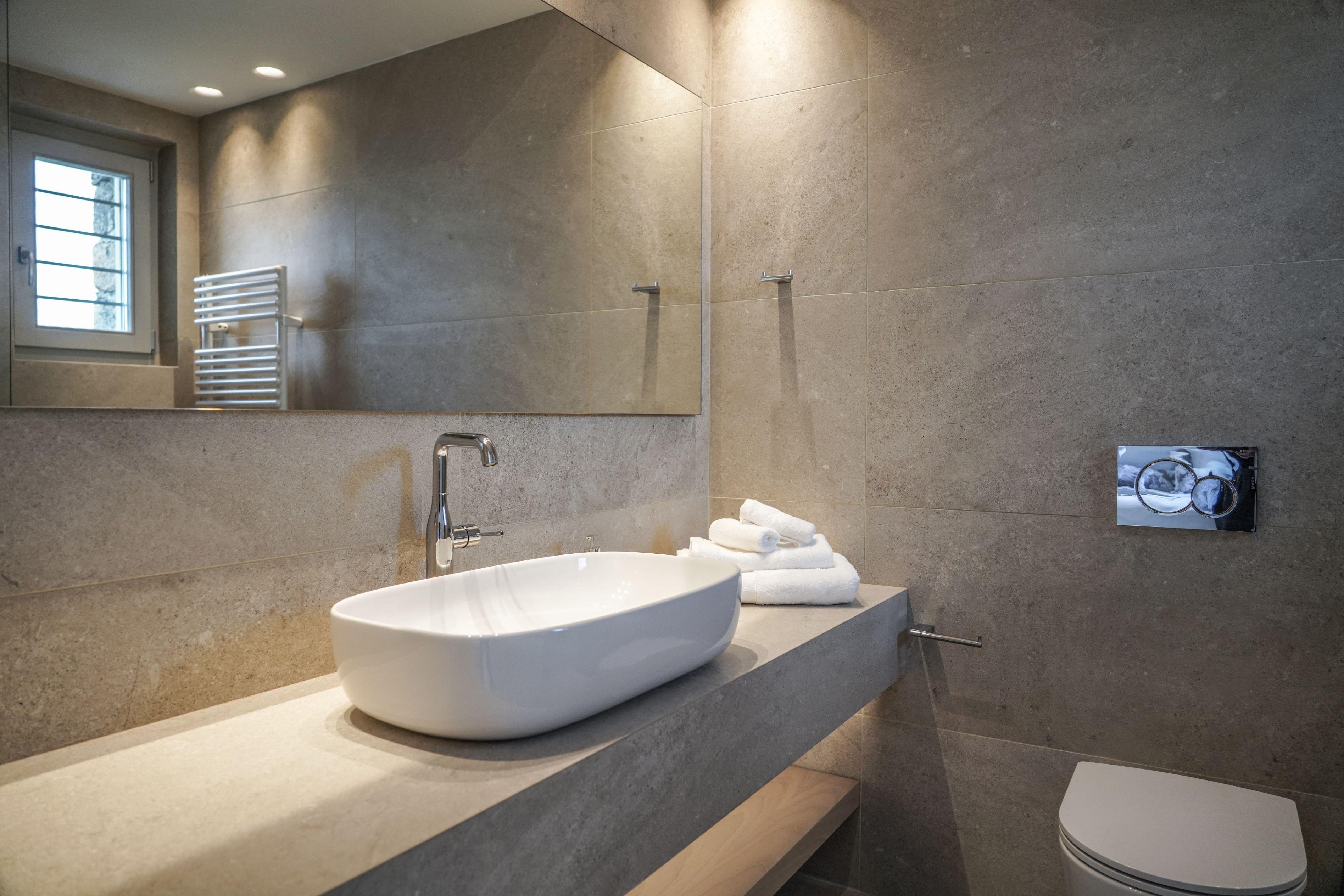 villa ithra super paradise bathroom