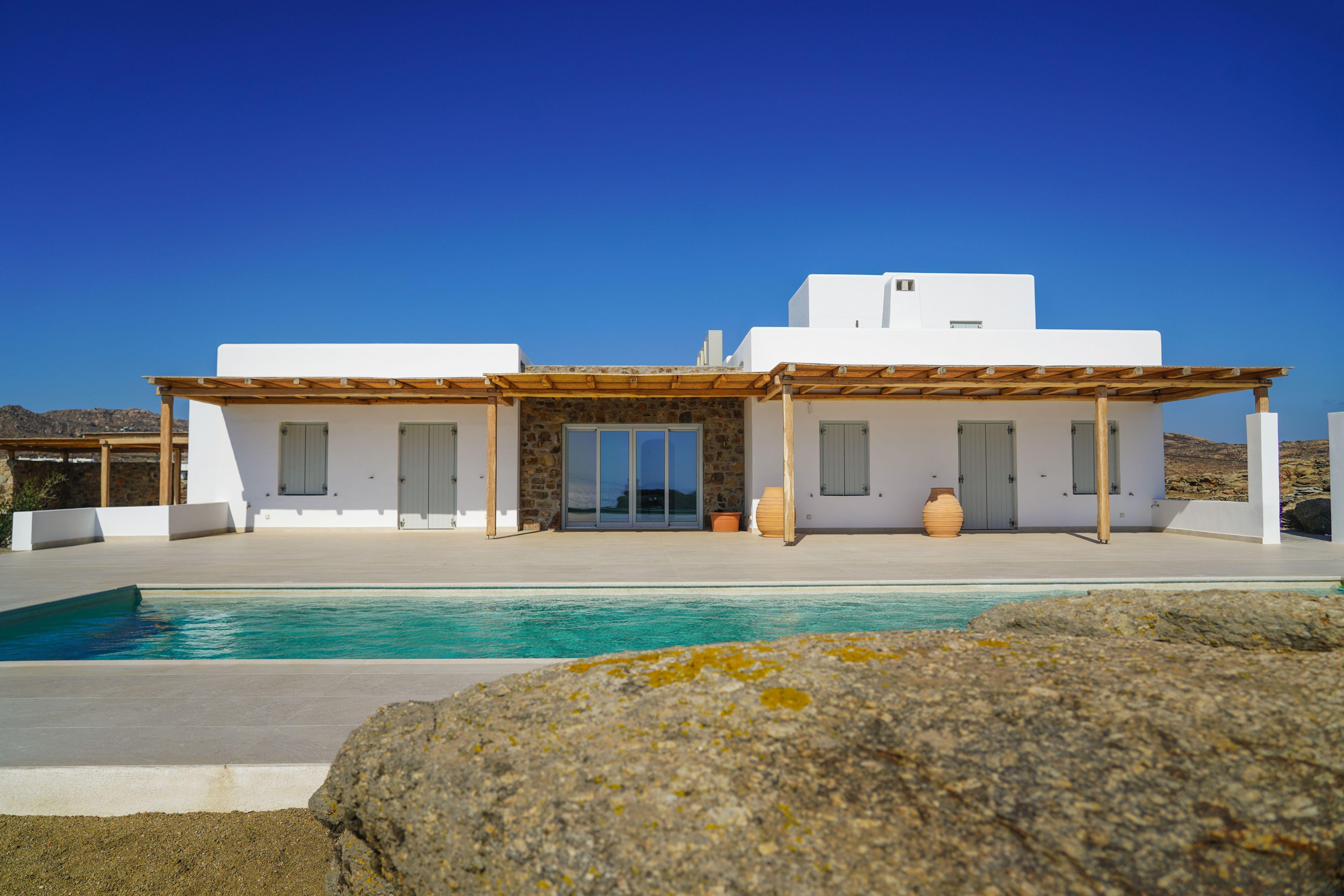 private pool villas mykonos