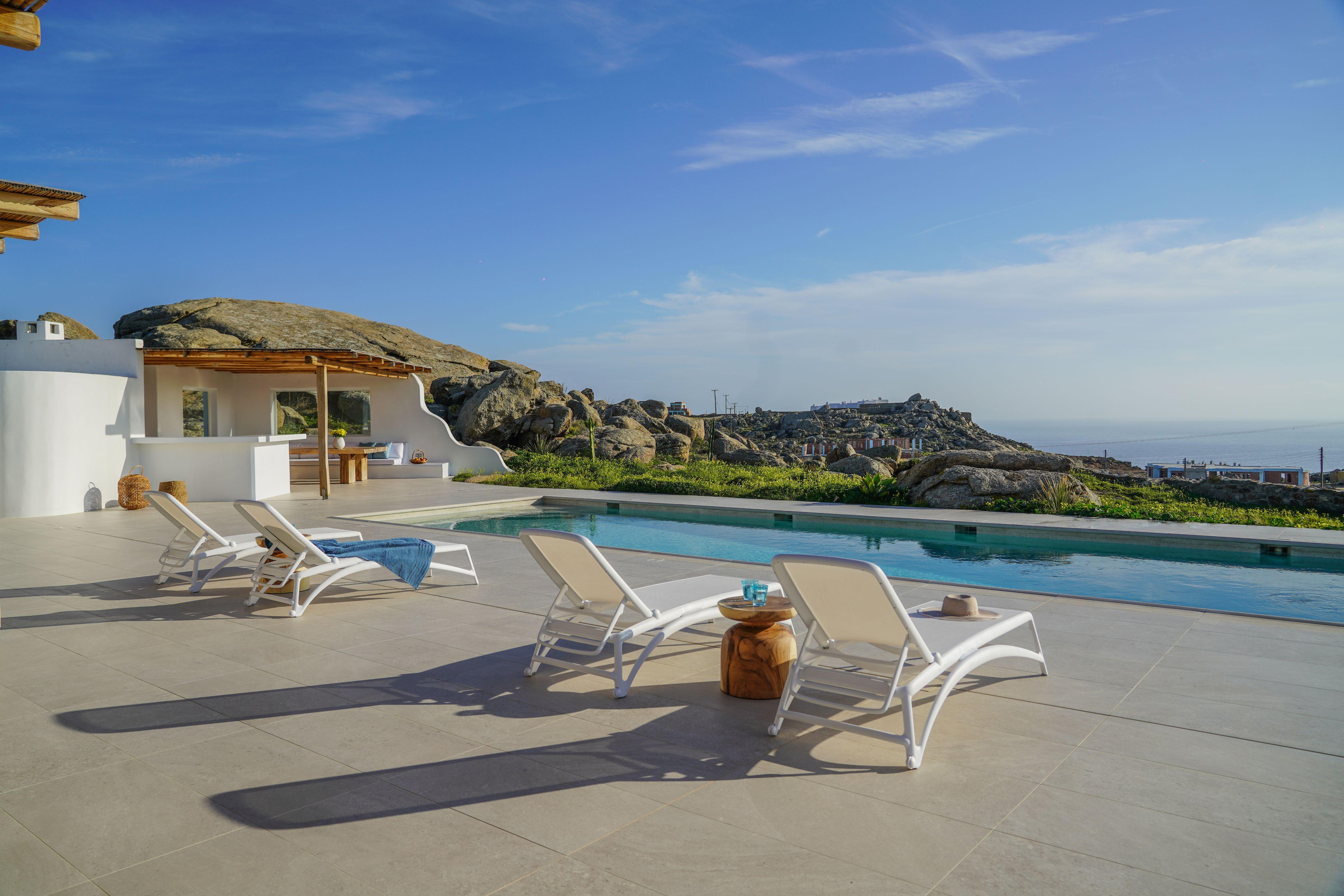villa ithra super paradise pool