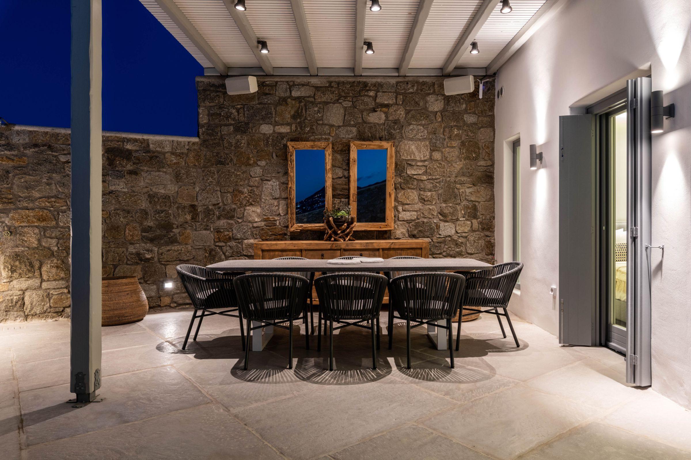 villa mioni kanalia dining