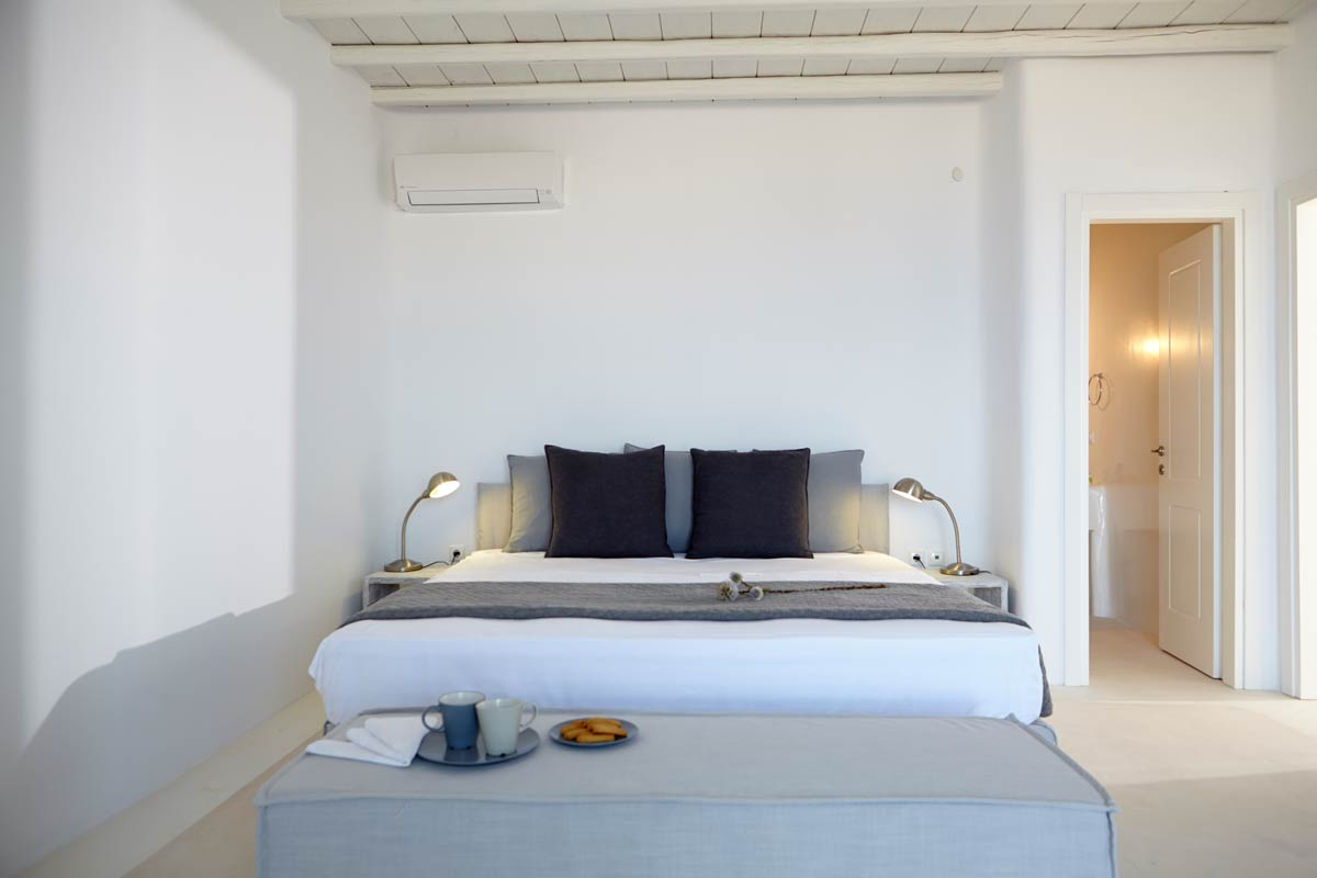 bedroom fanari villas mykonos