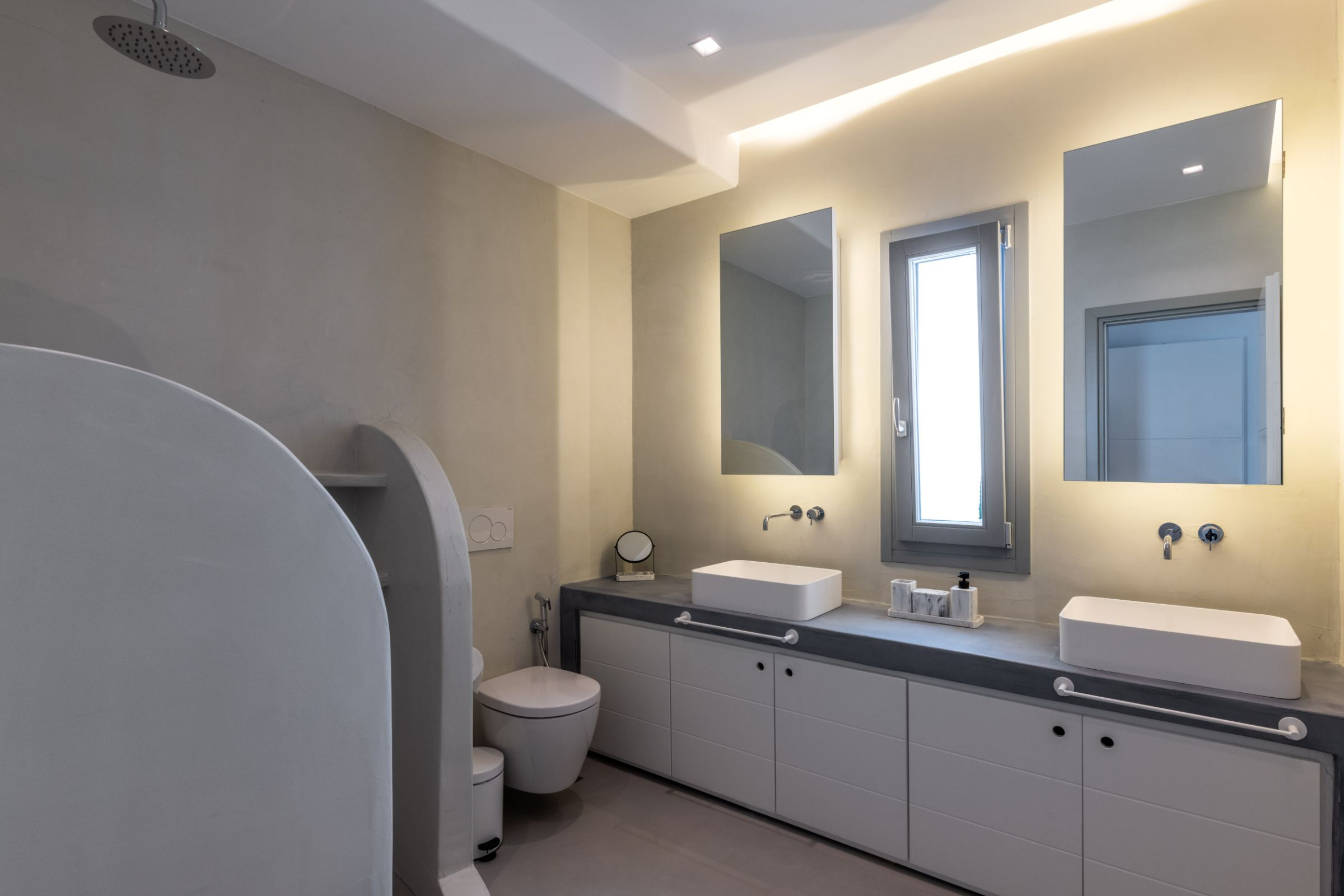 villa mioni kanalia shower