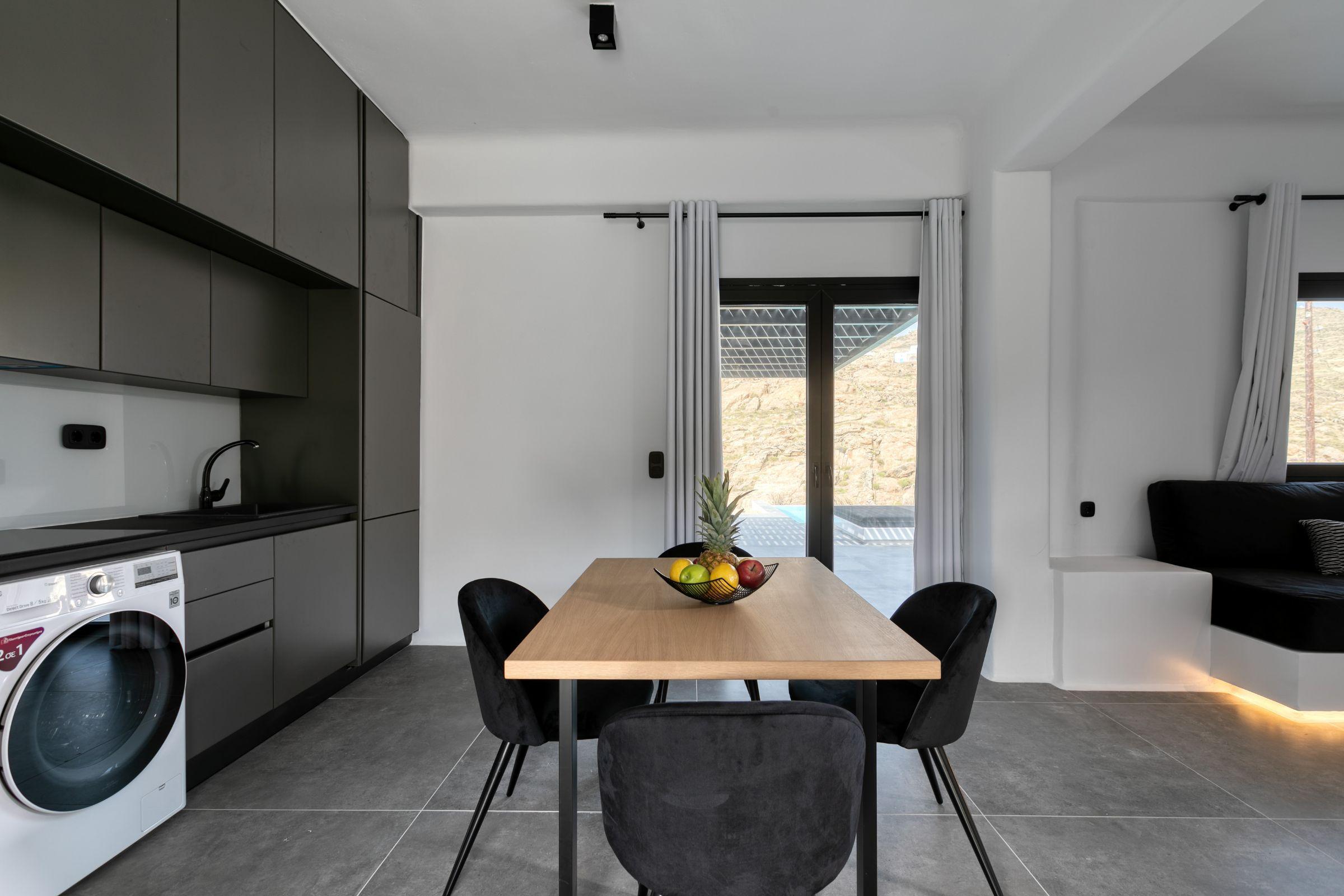 villa arteta ftelia kitchen