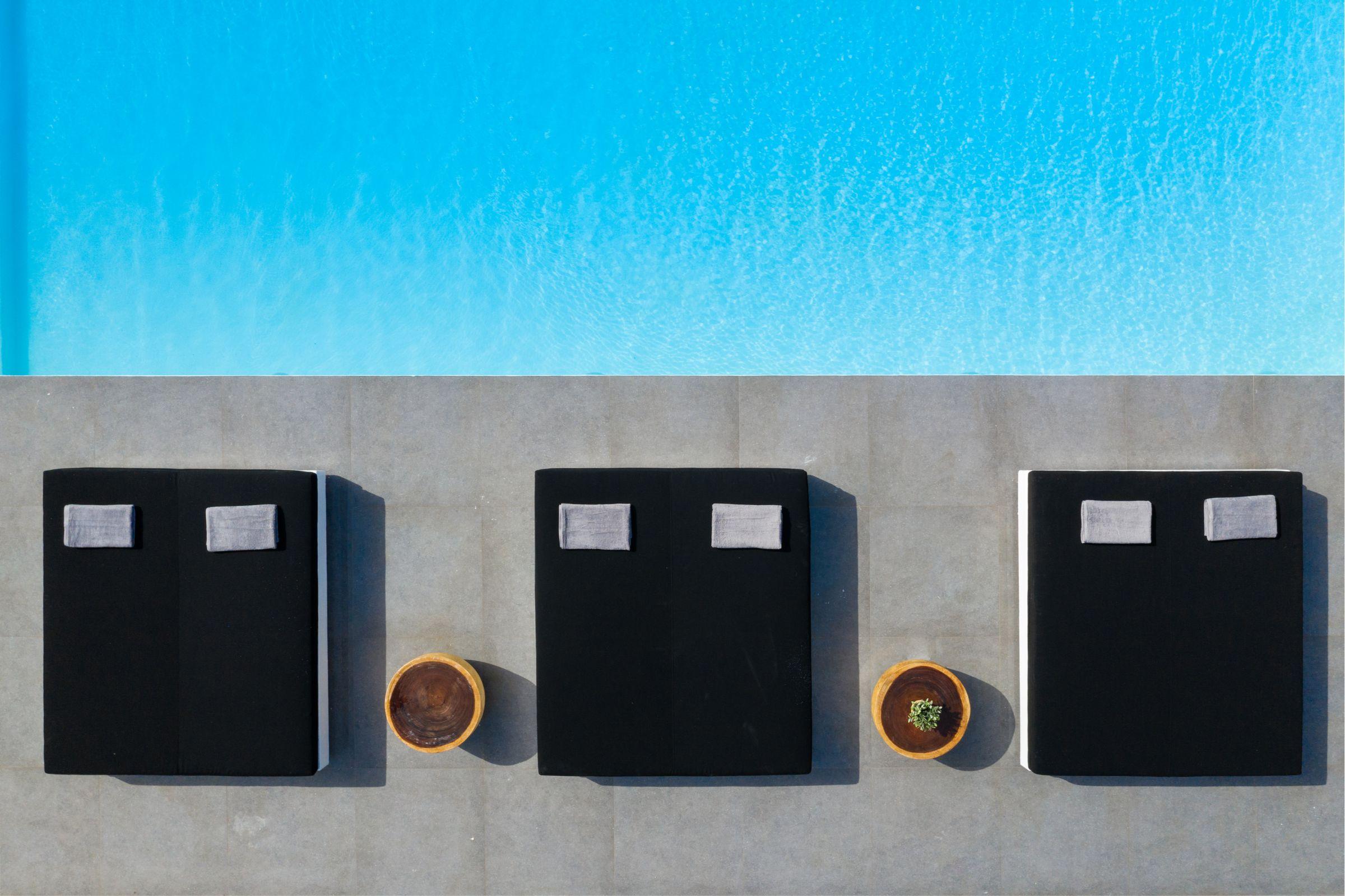 villa avi ftelia pool