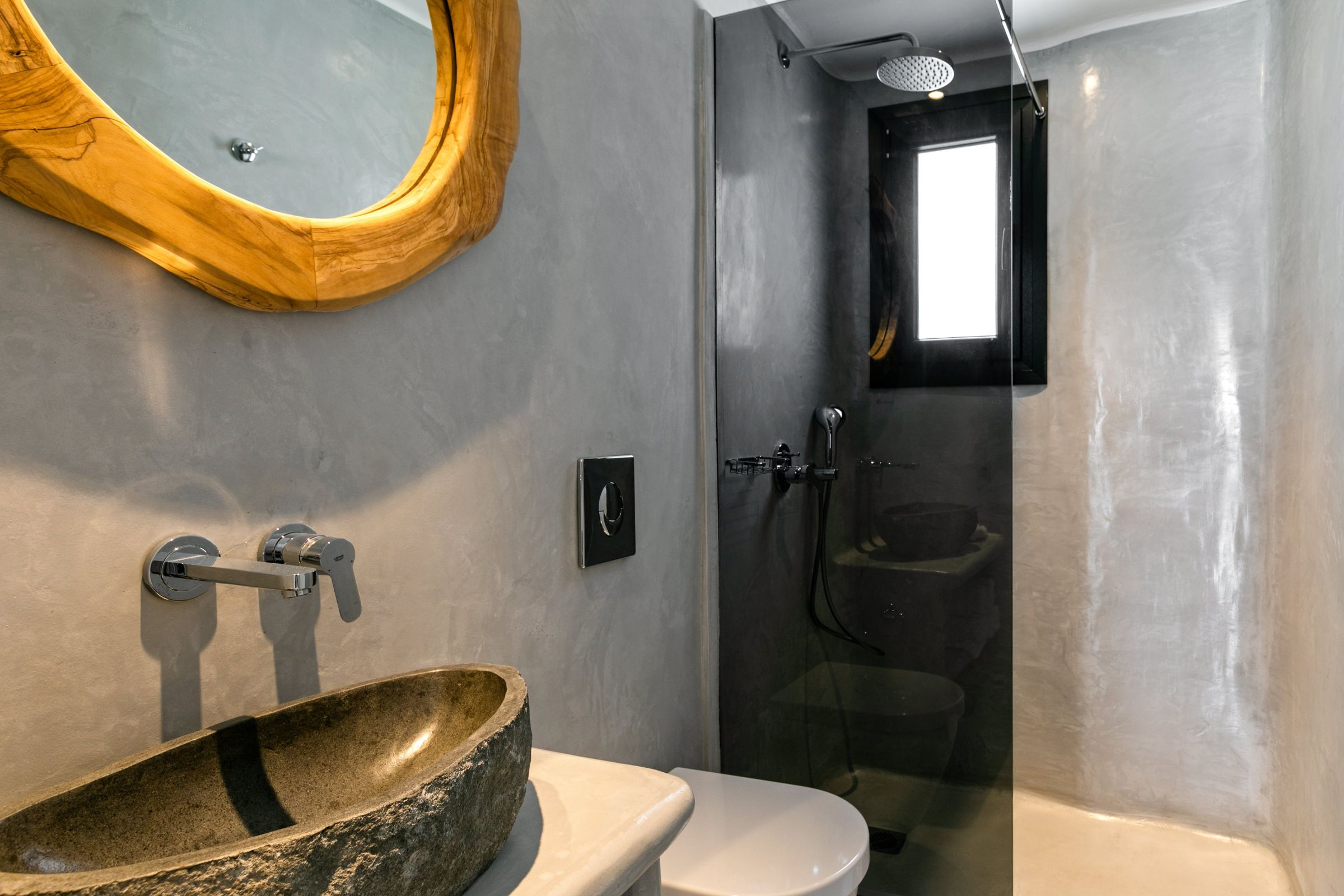 villa avi ftelia shower