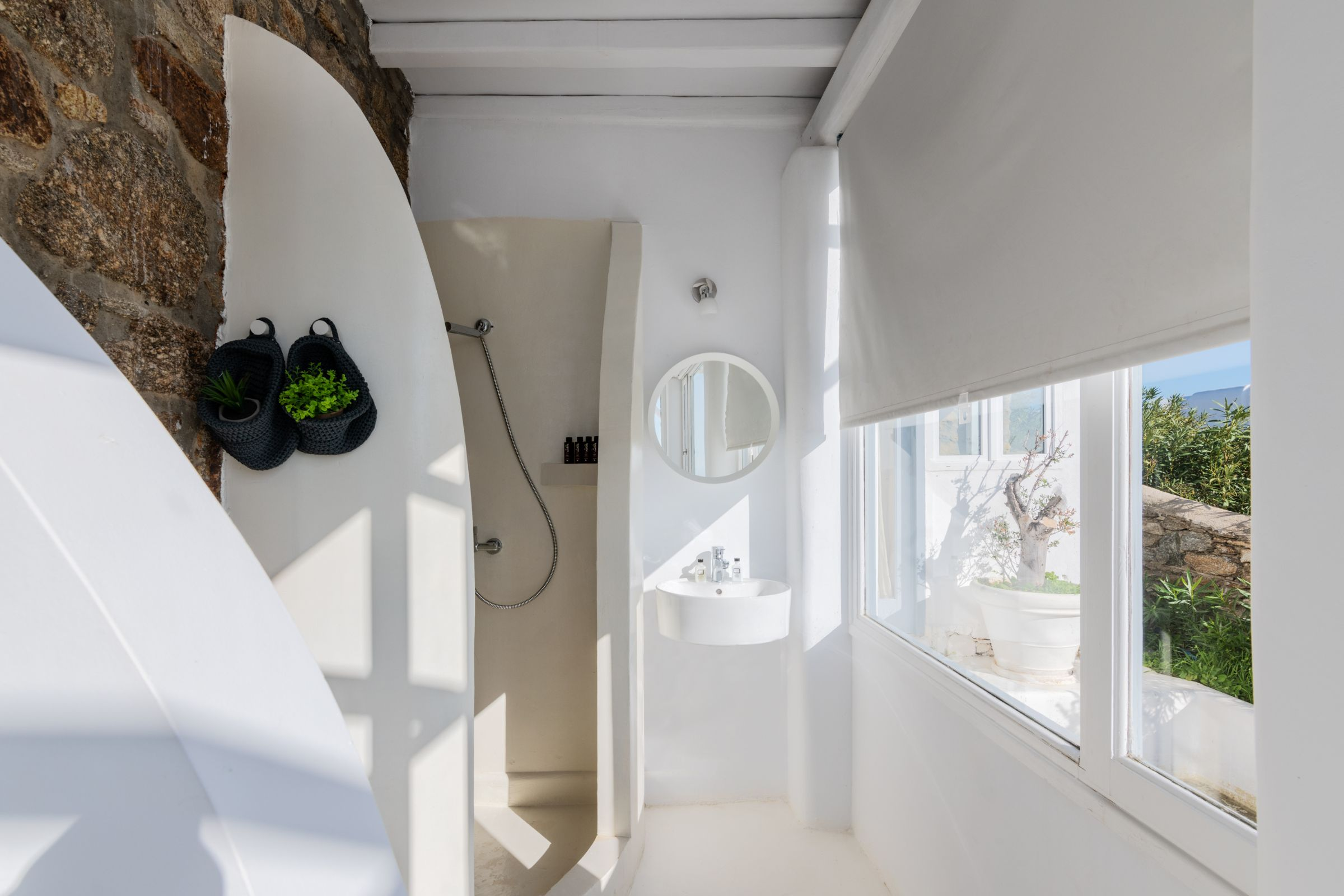 Villa Leimon Aleomandra mykonos shower