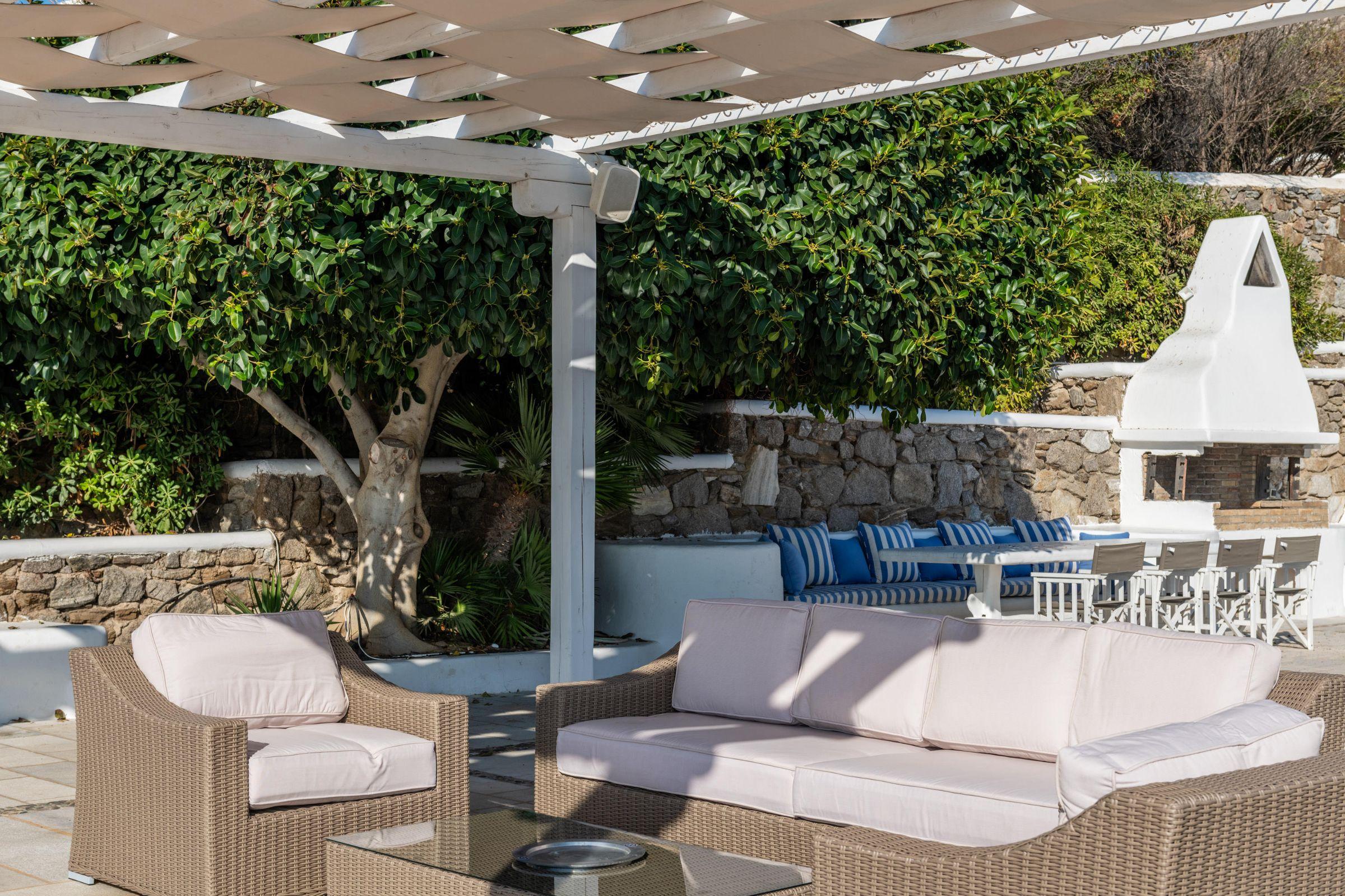 villas in mykonos rentals