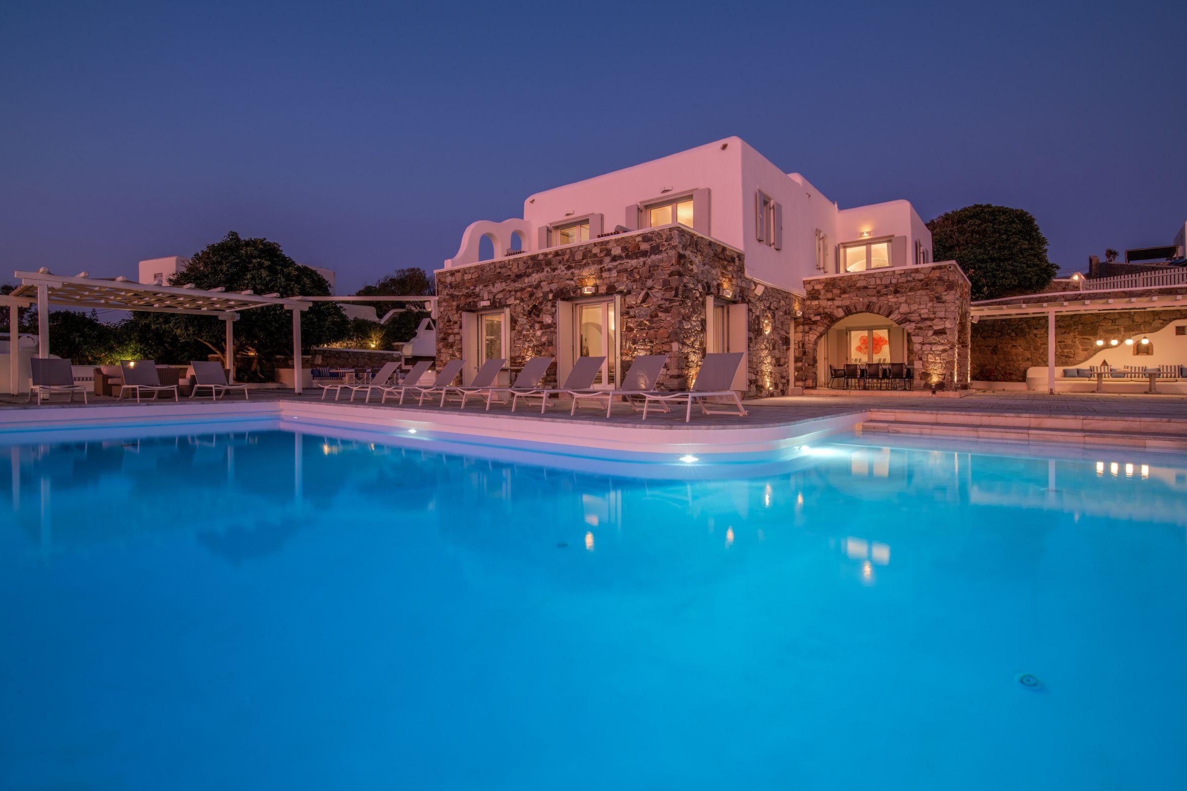 villas mykonos greece rentals