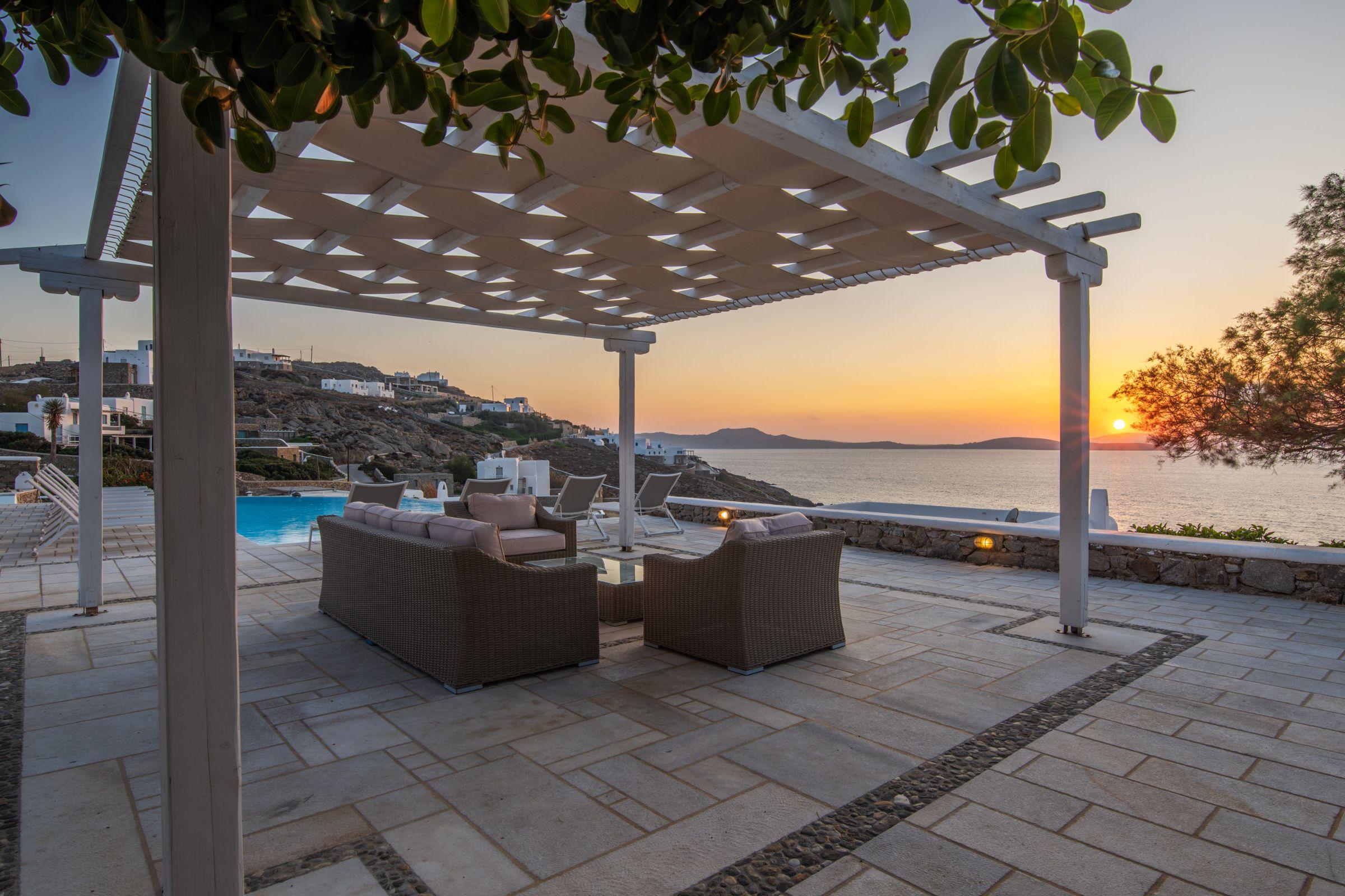 villa grecia aleomandra views
