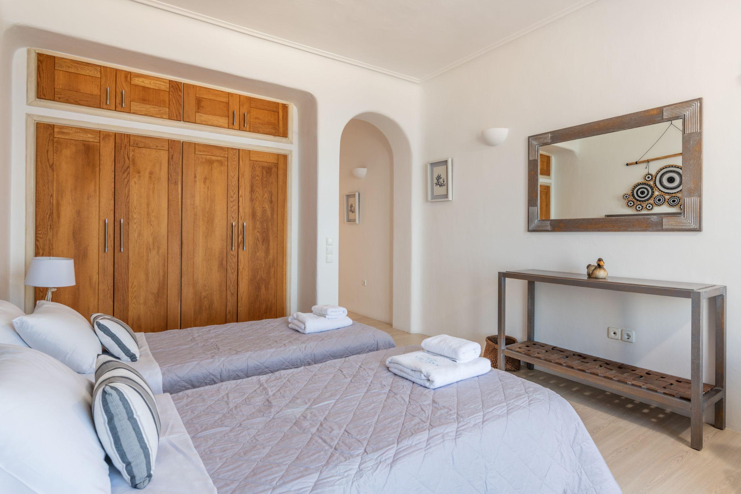 villa grecia aleomandra twin