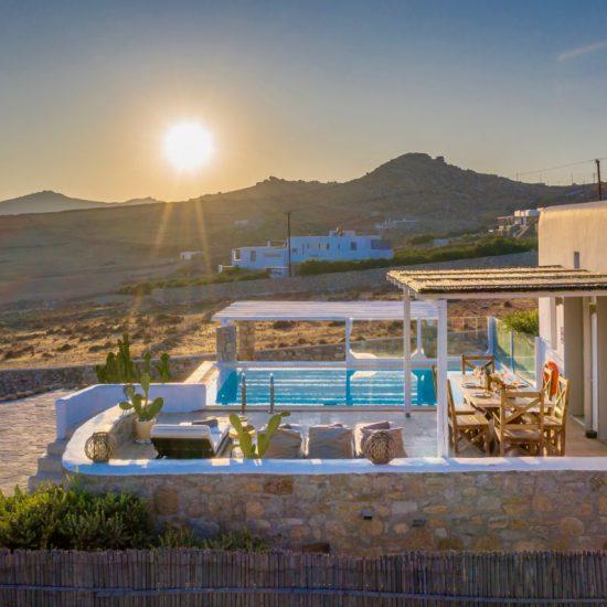 beach villas greece