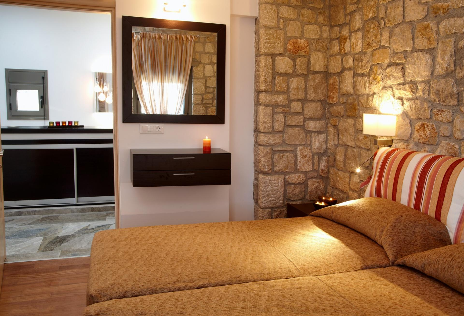 4 bedrooms villas rhodes