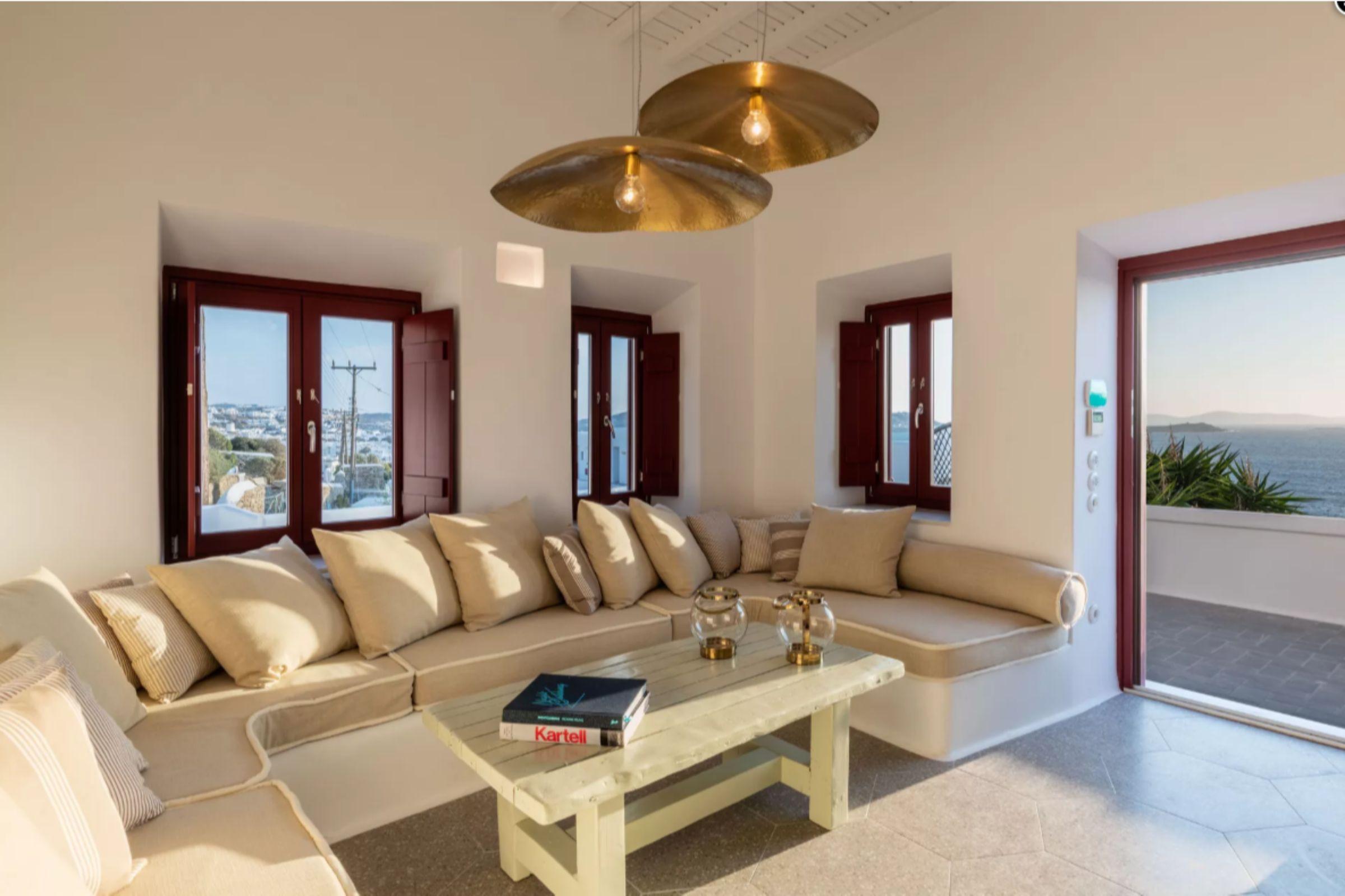 villas in mykonos town