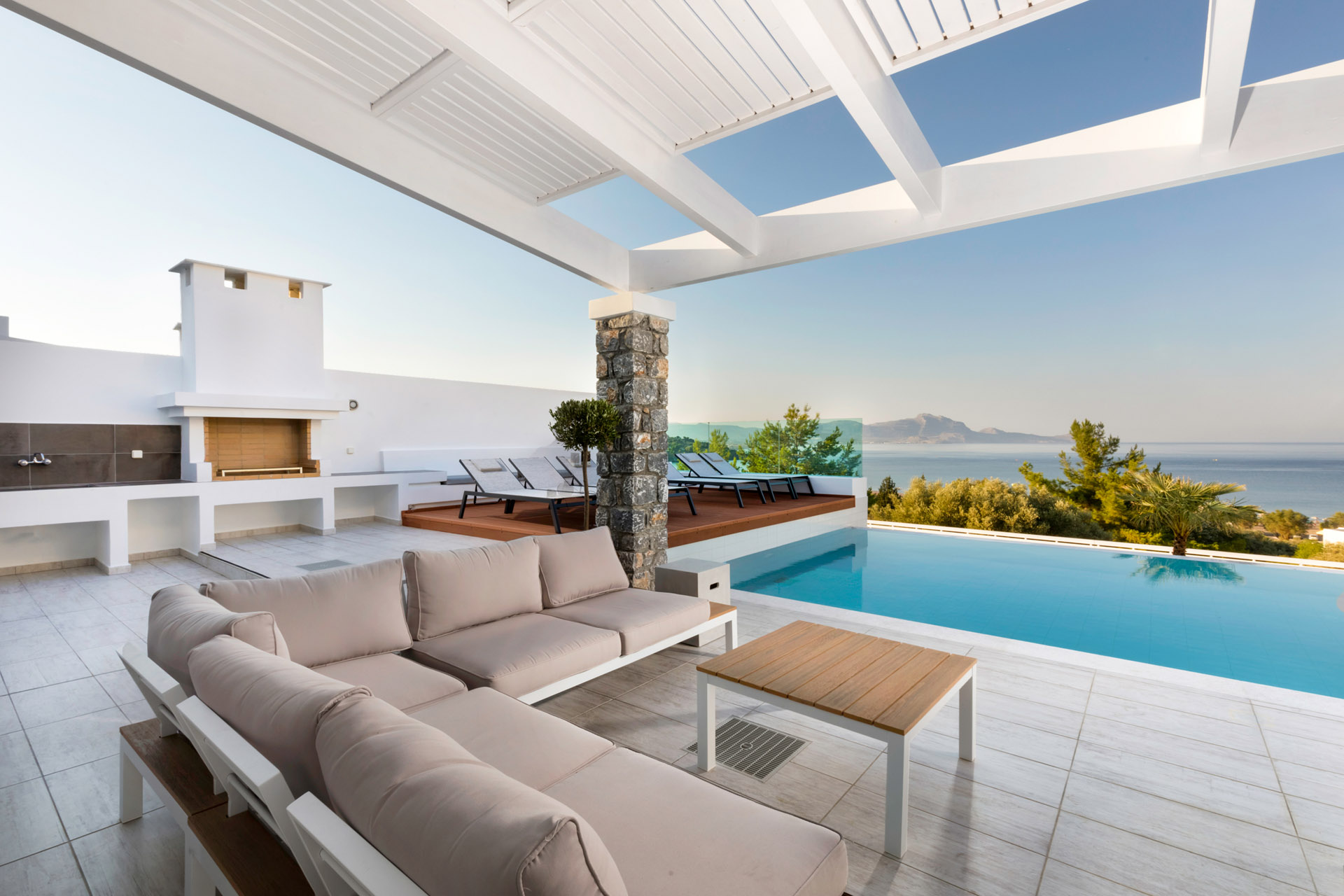 villas in lindos with private pools