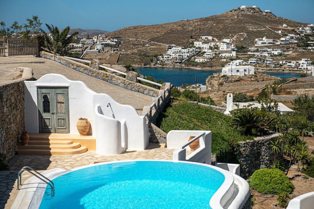 villas near ornos beach